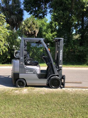 2006 FORKLIFT NISSAN 5000 LBS for Sale in Tampa, FL