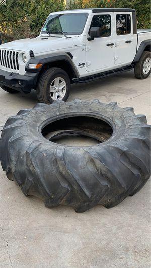 500lb Tire for Sale in San Dimas, CA