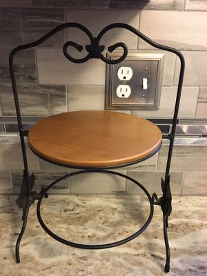 Longaberger Wrought Iron Pie Plate holder for Sale in Toms River, NJ