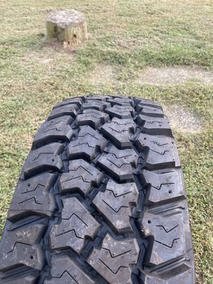 5 like new 275/70 R18's with wheels off 2016 Jeep Wrangler. for Sale in Chesterhill, OH