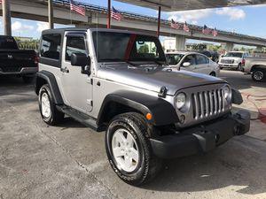 2015 Jeep Wrangler 40k miles for Sale in Miami, FL