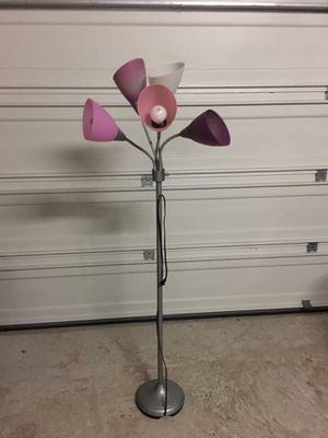 Floor lamp for Sale in Humble, TX