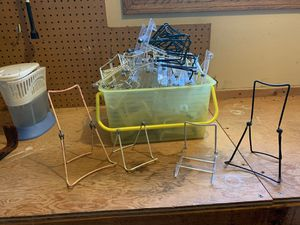 box of assorted display easels for Sale in McHenry, IL