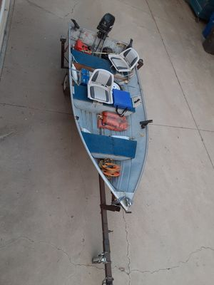 Aluminum fishing boat for Sale in Riverside, CA
