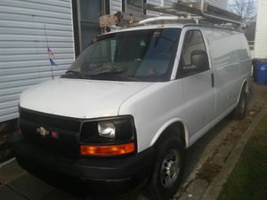 2008 Chevy express 2500 for Sale in Cleveland, OH