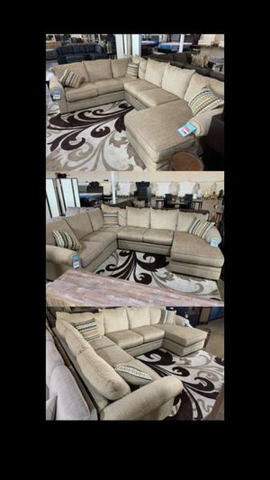 Beautiful sectional sale for Sale in Dallas, TX