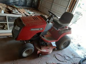 """Snapper rider 42"""" cut 23 hp engine runs great blades need sharpen for Sale in Swansea, IL"""