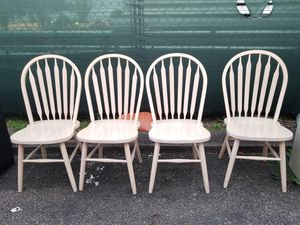 4 Wood Chairs for Kitchen or Dining Table solid wood for Sale in Lauderhill, FL