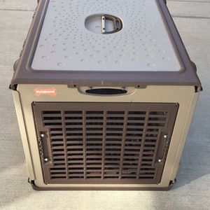 Dog House Or Travel Carrier for Sale in Fresno, CA