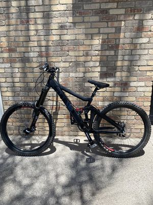 Giant Glory 0 Downhill bike for Sale in Las Vegas, NV