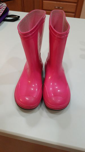 Girl's rain boots size 10 for Sale in Tampa, FL
