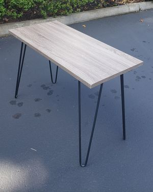 Console table, desk, entry table, small workspace 40 yd 20 deep 27 tall for Sale in Renton, WA