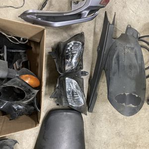 Free 2005 Yamaha FZ6 Part for Sale in Seattle, WA