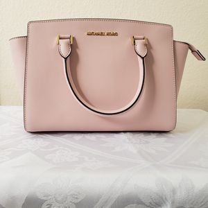 MICHAEL KORS CIARA Medium TOP ZIP TOTE SHOULDER BAG BLOSSOM PINK LEATHER $398 for Sale in Dallas, TX
