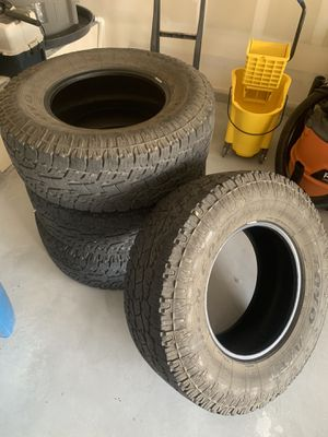 Toyo Open County LT285/70R17 for Sale in Rockville, VA
