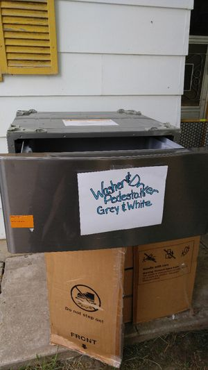 Great Christmas idea.. Washer & Dryer Pedistal's for Sale in Golden, CO