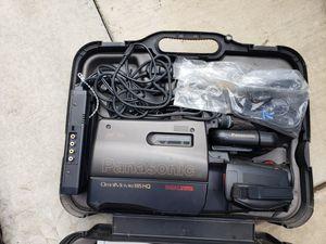 Vhs Video camera w/tripod for Sale in Corona, CA