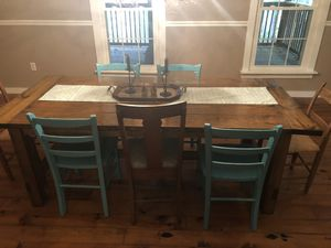 Farmhouse table and chairs for Sale in Buchanan, VA