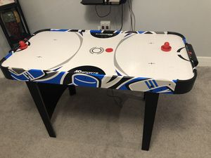 Air hockey table for Sale in Orlando, FL