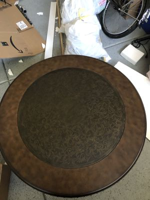 Coffee table for Sale in Murrieta, CA