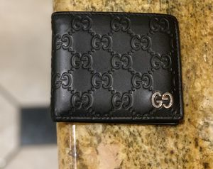 Gucci Wallet for Sale in Surprise, AZ