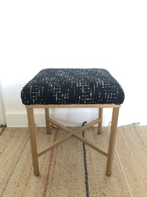 Gold and black Ottoman/Stool for Sale in Los Angeles, CA