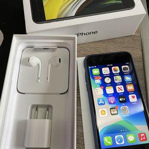 New iPhone SE 2 — 64GB for Sale in Sacramento, CA