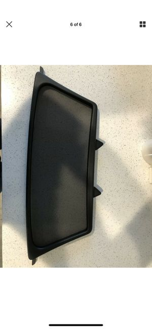 Mercedes-Benz wind screen deflector for Sale in Downey, CA