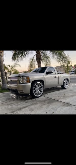 Single cab Silverado for Sale in Riverside, CA