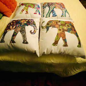 Amazon outdoor throw pillows for Sale in Abilene, TX