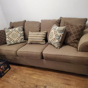 FREE Two Brown Couches for Sale in Buena Park, CA