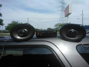 Sony blue tooth with speakers for Sale in Warren, MI