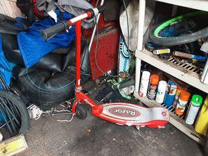 Razor E150 electric scooter for Sale in Romulus, MI