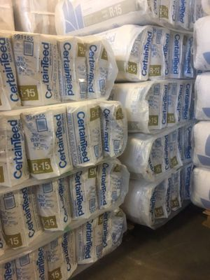 R-15 (HD) WALL INSULATION $70 a bag at LOWE'S. for Sale in Bellevue, WA