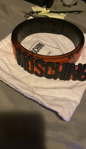 Moshino belt unisex for Sale in Saint CLR SHORES, MI