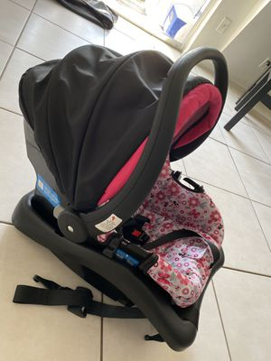 Graco Minnie Mouse stroller & car seat set for Sale in Orlando, FL