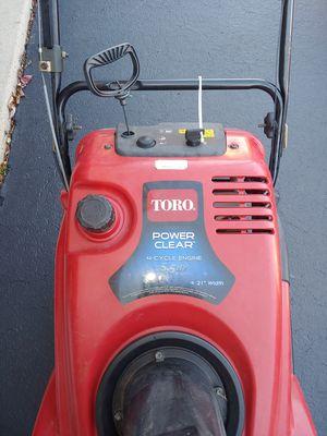 Toro Power Clear Snowblower for Sale in Fox Lake, IL