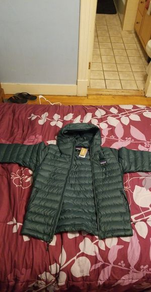 Patagonia Mens Jacket (Small) for Sale in Lowell, MA