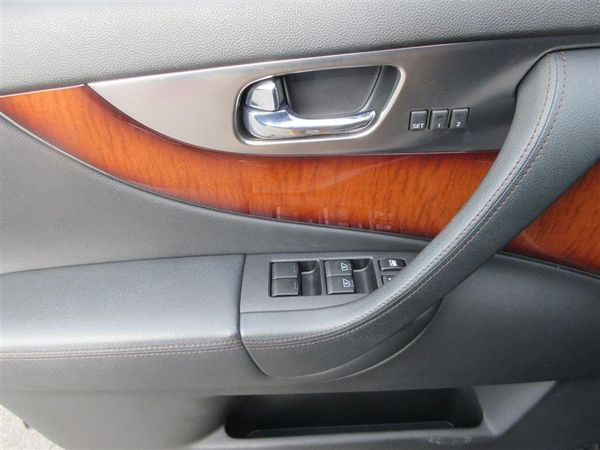 2010 INFINITI FX35