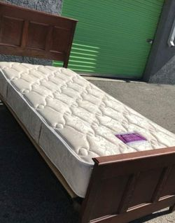 Twin Bed for Sale in Irvine,  CA