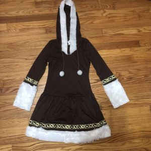 Juniors size 3-5 Eskimo costume dress for Sale in Saint Albans, WV