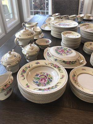 Hampton Court, England Ambassador ware vintage dishes for Sale in Acampo, CA
