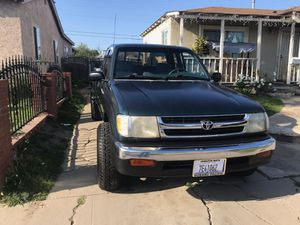 Toyota tacoma 98 for Sale in Hawthorne, CA