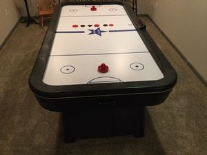 Arctic Star air hockey table for Sale in Junction City, WI