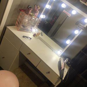Makeup Vanity & Chair. for Sale in San Antonio, TX
