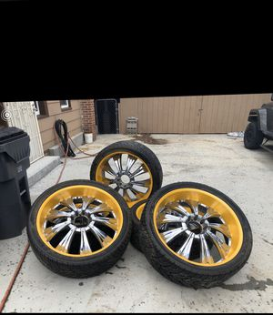 """""""Have 5 28"""" rockstar wheels off my hummer . Tires 90% lip painted hummer yellow sold my truck don't have use for them anymore asking 3k or best offer! for Sale in Denver, CO"""