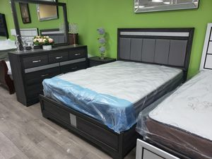 Queen size bedroom set. Financing available with ZERO down and ZERO interest for Sale in Las Vegas, NV