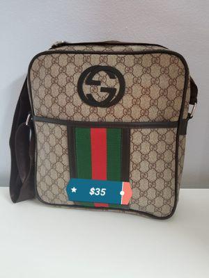 Crossbody Bag for Sale in Doral, FL