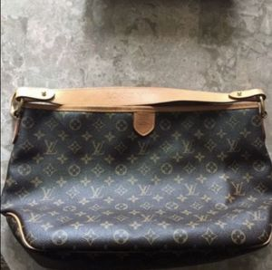 Louis Vuitton Delightful MM for Sale in Renton, WA