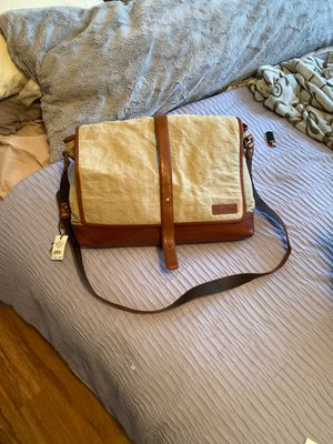 New Cole Haan Saddle Tan Messenger Bag NWT for Sale in Fairfax, VA